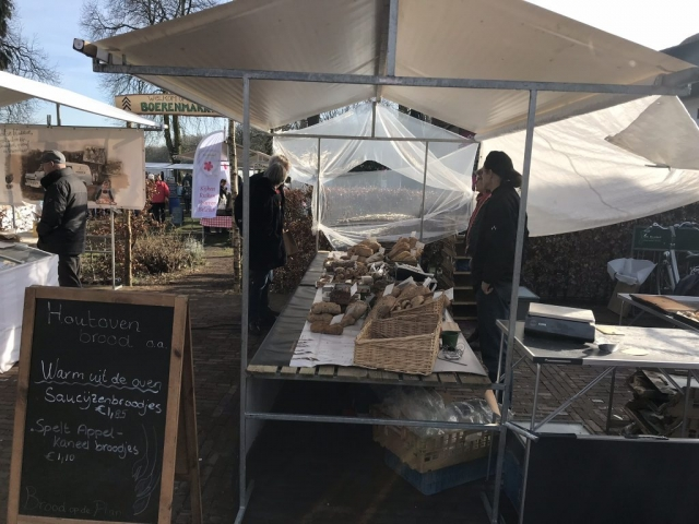 Brood en broodjes op de Vilsterse markt